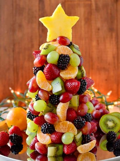 Fruit-Christmas-Tree-iowagirleats-031
